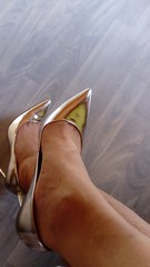 DSC_0464 (grandmacaon) Tags: highheels hautstalons toescleavage talonsaiguille lowcut lowcutshoes escarpins