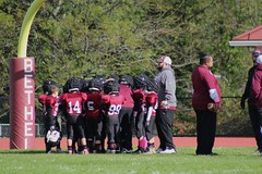Bethel Football 8u (teddiferraro) Tags: awaygame family maroon games game families tackling balls catching lastgame boys bethel brothers black coaches coach cheer cheerleader cheerleaders catcher cleats connecticut defence down eight eights team helmet helmets friends fun football friend field first firstgame footballs fan fans girls girl homegame homegames runningback home white wildcats wildcat myteamisbetterthanyours offence touch touchdown touchdowns boy practice practices sports sport scrimmage 8u 8us