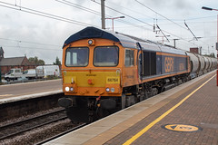 GB Railfreight 66764 (Mike McNiven) Tags: gbrailfreight gbrf gb railfreight diesel loco locomotive wigan northwestern clitheroe castlecement avonmouth
