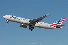 American Airlines A330-243 N293AY (José M. Deza) Tags: 20181024 a330243 airbus americanairlines bcn elprat lebl n293ay planespotting spotter aircraft