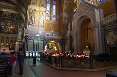 JLF16267 (jlfaurie) Tags: lisieux basilique basilica saintethérèse santateresa daniel marie france mpmdf mechas louisette 102018 normandie normandia