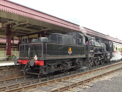 P1090170 - 2018-07-29 - Day 2 - Strathspey Steam Railway - 46464 (GeordieMac Pics) Tags: ©2018georgemcvitieallrightsreserved scotland railway strathspey steam linux dmc panasonic fz200 locomotive engine 46464 ivatt class2 train station aviemore