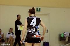 ASD Ambrosiana Volley VS Burago (CarloAlessioCozzolino) Tags: cornatedadda ambrosiana pallavolo volley ragazze girls persone people asdambrosianavolley burago sport 4 quattro four numero number