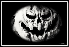 Howler (PhotoJester40) Tags: storybookhollow outdoors outside pumpkin pumpkinhead bnw bn blackandwhite blackwhite pumpkinface amdphotographer