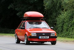 B98 RHP (Nivek.Old.Gold) Tags: 1985 ford escort 13 l 5door mk3