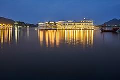 Lake Palace, Udaipur - India (Joao Eduardo Figueiredo) Tags: lake palace lakepalace lakepichola udaipur india nikon nikond850 joaofigueiredo joaoeduardofigueiredo taj hotel luxury lifestyle water reflection dusk rajasthan sunset pichola