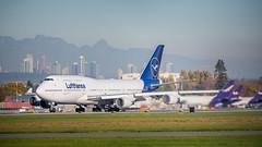 Lufthansa Boeing 747-430 D-ABVM (GeorgeChoy Photography) Tags: 747 744 747430 boeing yvr cyvr dabvm lufthansa