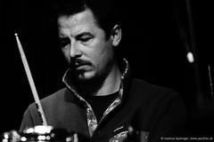 Chris Norz: drums (jazzfoto.at) Tags: sonyalpha sonyalpha77ii alpha77ii sonya77m2 sw bw schwarzweiss blackandwhite blackwhite noirblanc bianconero biancoenero blancoynegro zwartwit pretoebranco jazzit2018 greatjazzvenue greatjazzvenue2018 downbeatgreatjazzvenue salzburg salisburgo salzbourg salzburgo austria autriche jazzsalzburg jazzitmusikclubsalzburg jazzitmusikclub jazzclubsalzburg jazzkellersalzburg jazzclub jazzkeller wwwjazzfotoat jazzfoto jazzfotos jazzphotos markuslackinger jazzlive livejazz konzertfoto concertphoto liveinconcert blitzlos ohneblitz noflash withoutflash concert konzert concerto