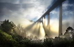 Val do Ulla (Noel F.) Tags: sony a7r a7rii fe 24105 gundian ponteulla rio river ulla neboa mist fog galiza galicia sunrise mencer ponte bridge viaducto ave