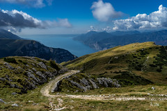 2018 Old military road (jeho75) Tags: sony ilce 7m2 zeiss italia italy italien monte baldo gardasee lago di garda old military road militärstrase alte alpen front first world war