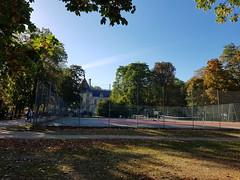 Les courts de tennis sont déserts