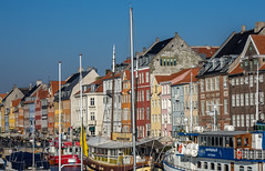 LR Copenhagen 2018-140452 (hunbille) Tags: denmark copenhagen københavn birgittekøbenhavnefterår2018lr inderhavnsbroen foot bridge footbridge nyhavn