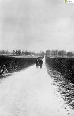 tm_5900 (Tidaholms Museum) Tags: svartvit positiv landsväg stadsgata tidaholm vulcan tändsticksfabrik