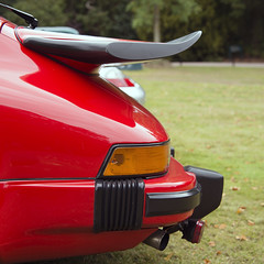 Porsche 911 Carrera Rear (syf22) Tags: car automobile auto autocar automotor motor motorcar motorised vehicle carrier carriage classic wheels sedan porsche engine 911 carrera tail back ass arse backend backside behind rear rearend rearengine
