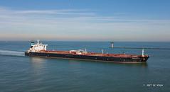 Gener8 Hercules (Peet de Rouw) Tags: maasmond netherlands portofrotterdam drone djimavicplatinum aerial tanker ship