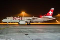 Swiss HB-JBG  HAJ at Night (U. Heinze) Tags: aircraft airlines airways airplane planespotting plane flugzeug nikon night nightshot haj hannoverlangenhagenairporthaj eddv