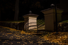 Church entre (MIKAEL82KARLSSON) Tags: gränna night natt nightshot nightphoto nattfoto småland jönköping polkagris sverige sweden vättern street park sony a7ll samyang 50mm mikael82karlsson
