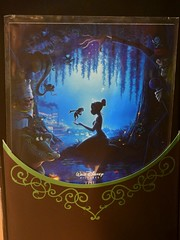 2018 Disney Designer Collection Premiere Series - Merchandise In Store Release - 2018-09-28 - Tiana Doll - Opened Box - Mini Poster (drj1828) Tags: disneystore disneydesignercollection premiereseries promo storedisplay 2018 merchandise doll limitededition tiana