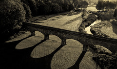 Finlathen park bridge (leeb.black) Tags: finalthen fintry linlathen park bridge viaduct dundee scotland shadows shadow sunrise sun rise love