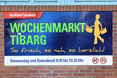 6287 wochenmarkt niendorf tibarg (christoph_bellin) Tags: bezirk hamburg bezirke hamburger hansestadt stadtteile stadtteil niendorf eimsbüttel tibarg einkauf einkaufsstrasse wochenmarkt markstände verkauf marktstand fotogrfie