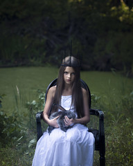 Comme les anges (Moonpollution) Tags: rabbit crown girl look demonlook nature portrait moonpollution moonpollutionart moonmurk alexakulich akulich artphoto art dark darkart abstract young younggirl white dress angel silence