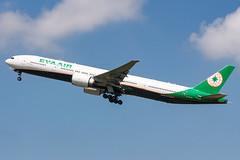 EVA AIR B777-300ER B-16726 005 (A.S. Kevin N.V.M.M. Chung) Tags: aviation aircraft aeroplane airport airlines plane tpe takeoff departure sky evaair boeing b777 b777300er worldliner