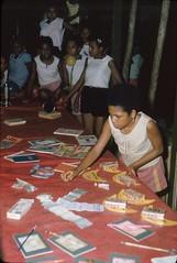 BD_171_112 (Stichting Papua Erfgoed) Tags: koninginnedag nieuwguinea stichtingpapuaerfgoed papuaheritagefoundation nederlandsnieuwguinea papua irianjaya irianbarat anthonyvankampen
