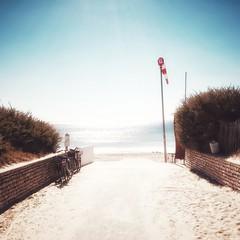 ... (a.penny) Tags: square quadrat 1x1 500x500 apenny france beach sea explore nikon