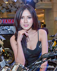 BeeKui (krashkraft) Tags: 2015 allrightsreserved bangkok krashkraft motorbike sujitrataweerat terminal21 thailand beautiful beauty boothbabe gorgeous pretty พริตตี้ เซ็กซี่