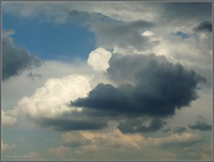 Himmel und Wolken-Mix * Sky and cloud mix * Cielo y nube se mezclan *   . P1530336-002 (Maya HK - On and Off) Tags: 2012 301018 cielo clouds copyrightbymayahk flickr hamburg heaven himmel nubes panasonicfz28 sky wolken