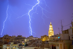 Thunders (pedrojateruel) Tags: rayos murcia catedral tormenta gota fría