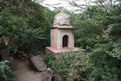 DSC09578 (thomas.pirolt) Tags: india goverdhan architecture temple takumar m42 sony a7 a7ii building old vrindavan braj krishna krsna radha radharani