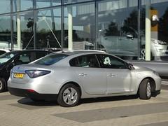 2012 Renault Fluence Z.E. (harry_nl) Tags: netherlands nederland 2018 nijkerk renault fluence ze 81xtf7 sidecode7