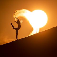 Sunrise on the sand dunes (ericpare) Tags: sand dunes sanddunes kimhenry sunrise