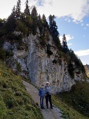 Abstieg- Descent (ivlys) Tags: oesterreich austria tirol tyrol neunerköpfle abstieg descent lukas enkel grandson sylvi landschaft landscape fels rock natur nature ivlys