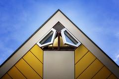 Lüften (tan.ja1212) Tags: rotterdam würfelhäuser fenster gelb cube architektur yellow windows architecture