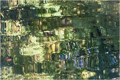 acquastratta ... (miriam ulivi) Tags: miriamulivi nikond7200 acqua water riflessi reflections colors nature