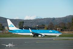 KLM - PH-BXK - B737-800 (Aviation & Maritime) Tags: phbxk klm koninklijkeluchtvaartmaatschappij royaldutchairlines boeing boeing737 b737 b737800 boeing737800 bgo enbr flesland bergenairportflesland bergenlufthavnflesland bergen norway