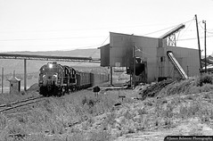Mohrland Mine Run (jamesbelmont) Tags: railroad railway alco rsd15 rsd12 wildcat utah utahrailway consumersroad carboncounty coal coaltipple santafe