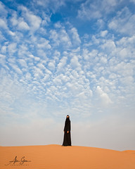 Desert Rose (Arabian Desert, United Arab Emirates 2017) (Alex Stoen) Tags: alexstoenphotography ayeshaassadi canoneos1dx geotagged ngexpeditions travel uae vacation stock