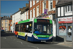 Stagecoach 36218, Rugby (Jason 87030) Tags: e200 enviro stagecoach midlands tothepoint wheels braning branded route service 96 4 2018 shot rugby town churchst street roadside sunny weather travel transport warks warwickshire buses
