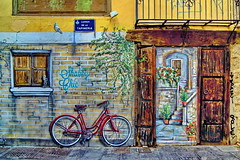 Graffiti Shabby Chic, backstreet of Valencia (gerard eder) Tags: world travel reise viajes europa europe españa spain spanien städte stadtlandschaft street streetlife streetart valencia graffiti art arte bicycle city ciudades cityview urban urbanlife urbanview outdoor