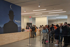SF MoMA Rene Magritte Exhibit (Joey Hinton) Tags: sanfrancisco california unitedstates rene magritte exhibit museum modern art google pixel2 andriod smartphone cellphone cameraphone phone