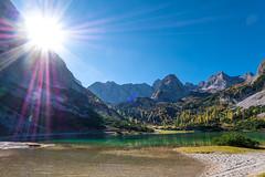 Tirol, Austria (bayernphoto) Tags: ehrwald tirol oesterreich austria zugspitze lermoos biberwier seebensee berge alpen wetterstein mountain hoch gebirge alm see lake herbst autumn fall foliage verfaerbung bunt colorful klar clear ausblick blick view sonnenstern sunstar sun star