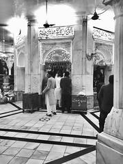 Darbar Hazrat Ali Hijveri (R.A) (riz malik) Tags: shrine datadarbar shoot monochromatic love peace saint sufism sufi saintsoflahore pakistan punjab lahore