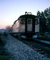 Eastbound Arrival (DJ Witty) Tags: commuter passengertrain dieselelectric rr photography railroad train csxt collegepark maryland usa rdc buddcar budd