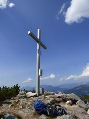 Sandling Gipfelkreuz / Sandling summit cross (ursula.valtiner) Tags: gipfelkreuz summitcross sandling salzkammergut steiermark styria bergwanderung österreich austria