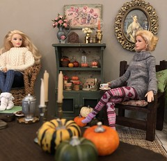 Autumn! Time for leggings, slouchy socks, big sweaters, pumpkin spice EVERYTHING and comfy quilts layered on the bed (JunqueDollBoutique) Tags: vintage brass miniatures barbie fall autumn diorama living room pumpkins gourds grace kelly doll japan convention