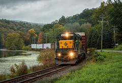 South Kent, CT (Wheelnrail) Tags: hrrc housatonic railroad mountain hatch pond emd gp382 fall autumn color connecticut ct freight train trains shortline rural morning cloudy lake water cool berkshire route