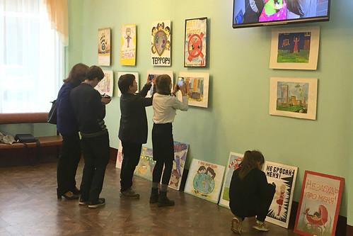Выставка Дети против терроризма 12 09 2018 (3)